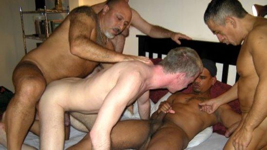 Amusing White women latino men porn with